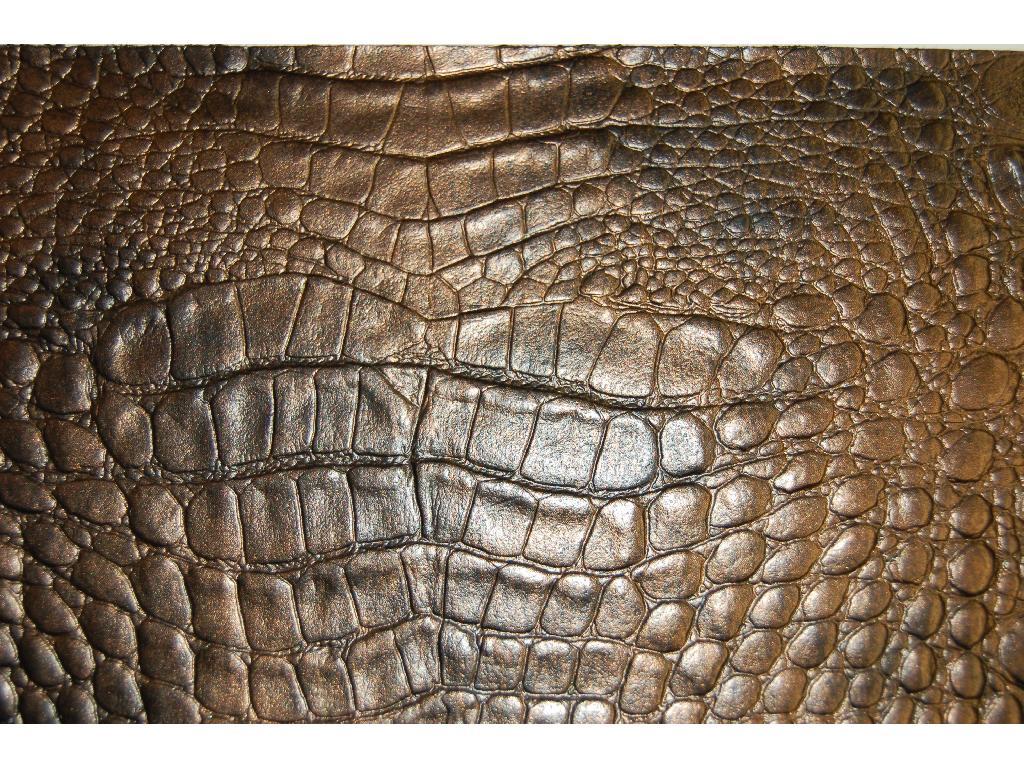 Finta pelle disegno coccodrillo invecchiato